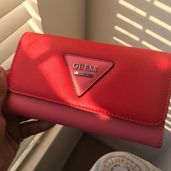 Guess Bags | Coral Wallet | Poshmark